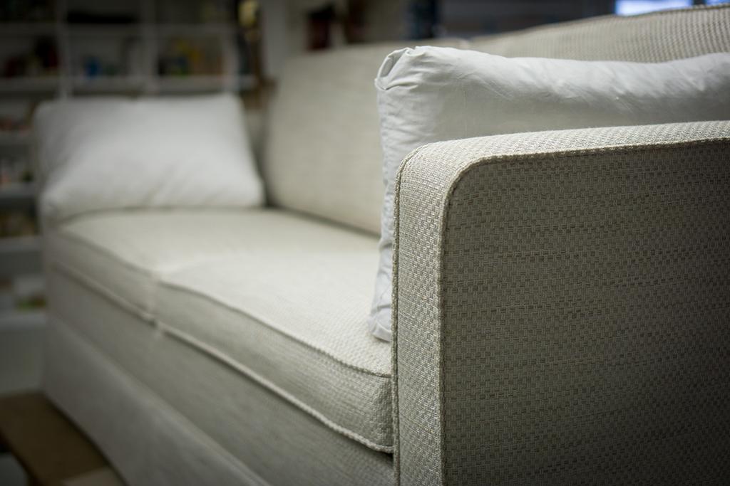 Sofa Aufpolstern Stuhle Beziehen Unsere Polsterei Kummert Sich Um